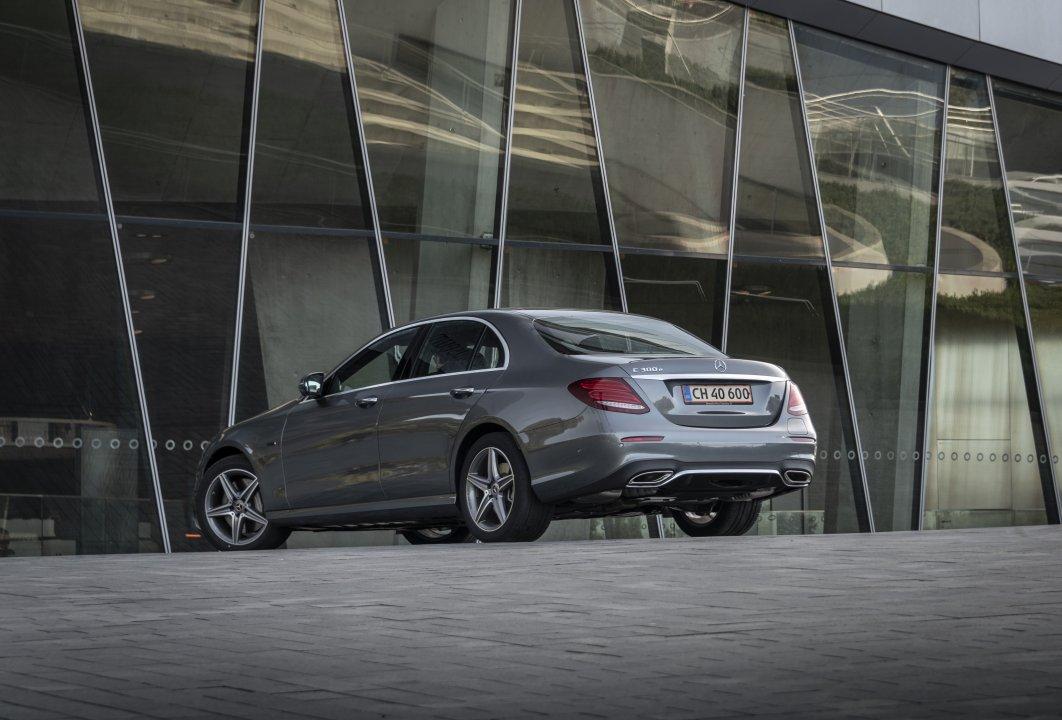 Mercedes-Benz E300de PiH