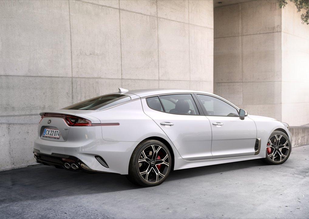 KIA Stinger GT 3,3 V6