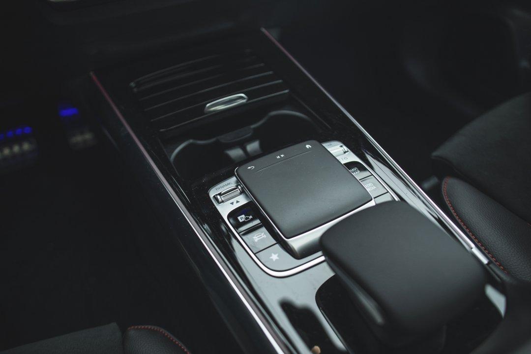 Mercedes-Benz B220d