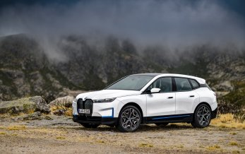 BMW løfter sløret for ny iX