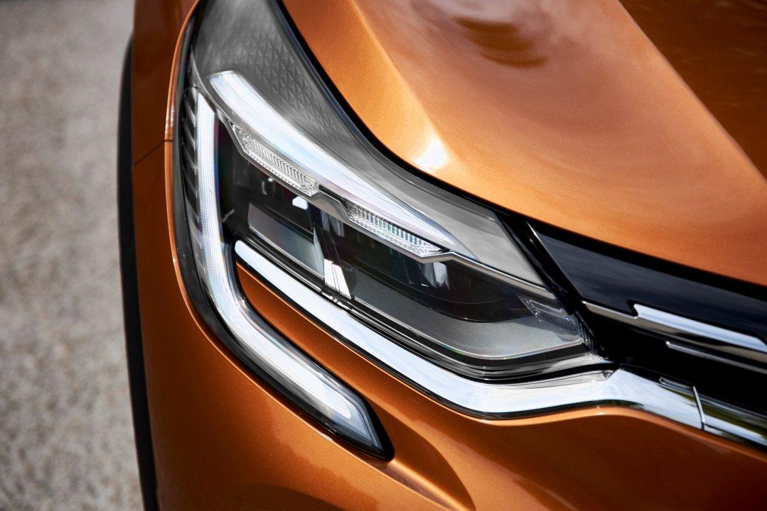 Renault Captur 155 EDC Intens