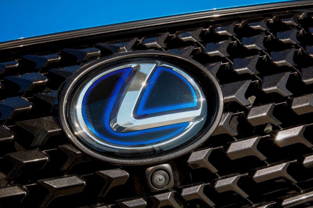 Lexus endelig klar i Danmark