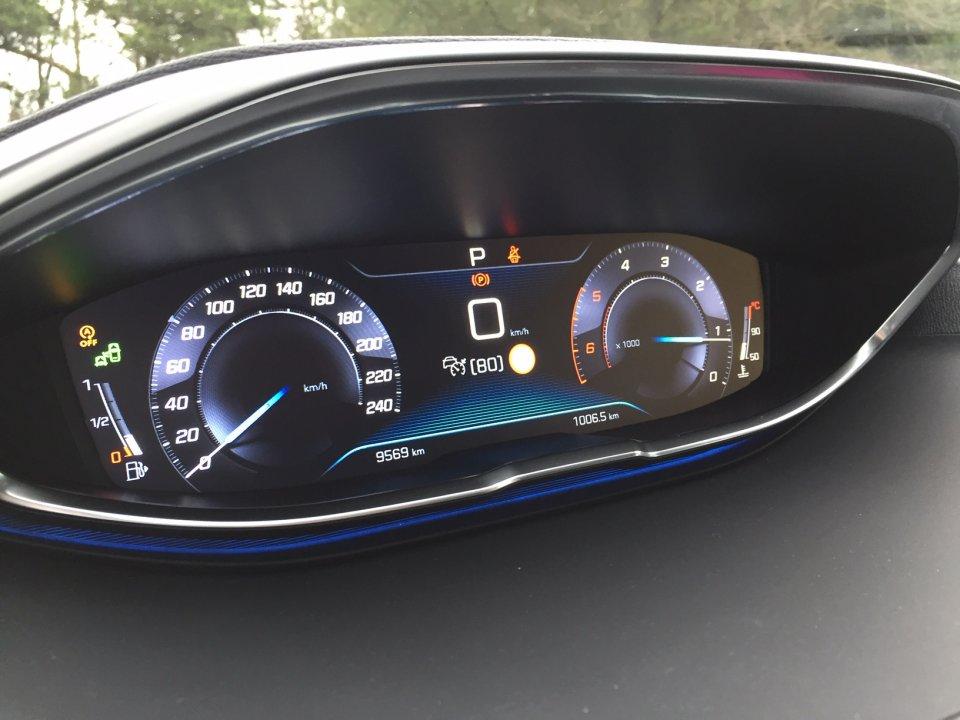Peugeot 3008 1,5 GT-line EAT8