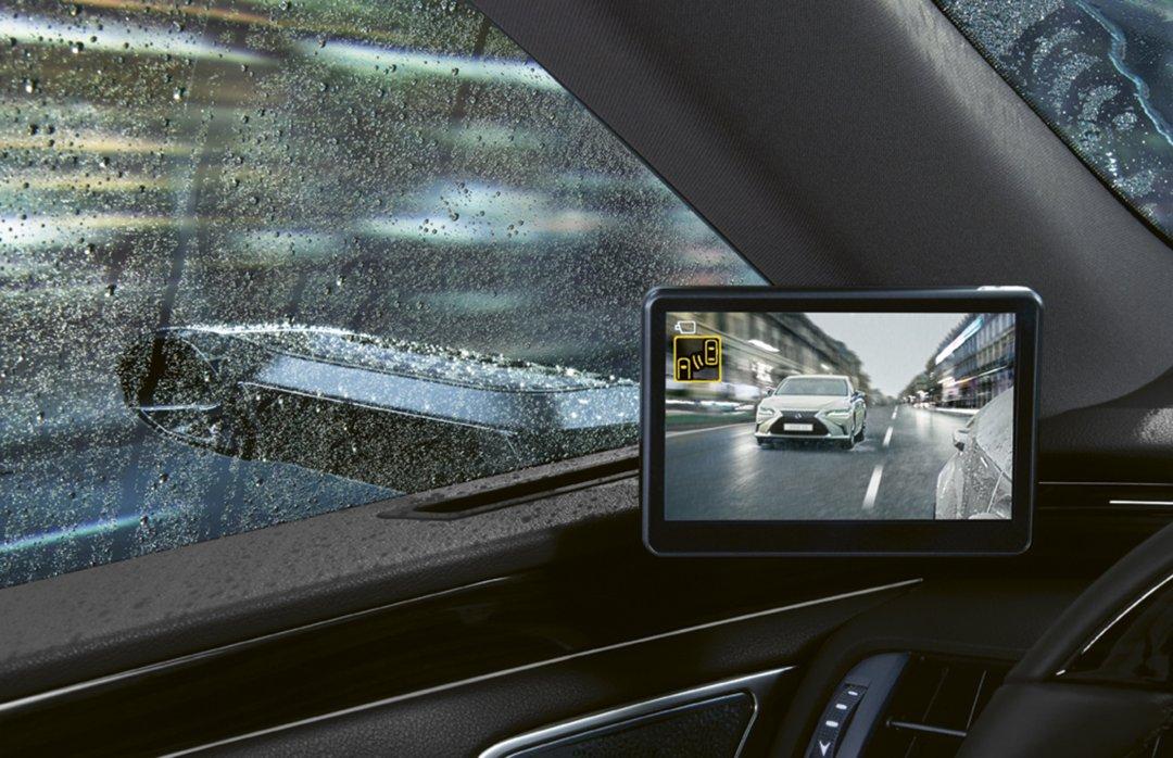 Digitale sidespejle hos Lexus